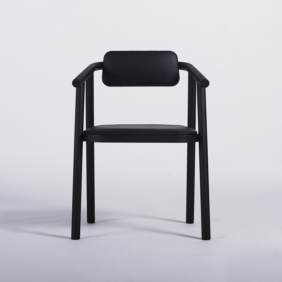 BB2 chair